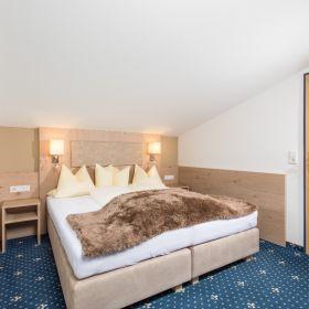 Geräumige Mansarden-Suite mit 45m² Wohnfläche - Kategorie A